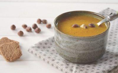Soupe de patate douce, potiron et noisettes